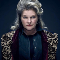 """Kate Mulgrew, la mala malísima de la tercera temporada de """"Mr. Mercedes"""""""